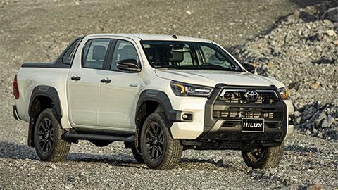 Toyota Hilux 2020 có giá lăn bánh bao nhiêu tại VN - đối thủ của Ford Ranger