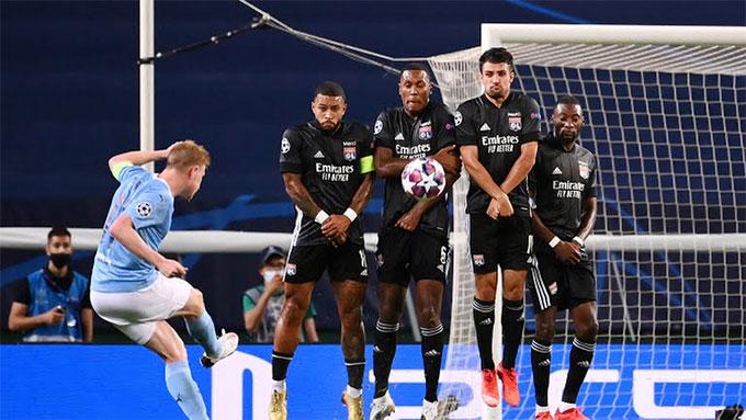 Nỗ lực của De Bruyne không đủ giúp Man City đi tiếp