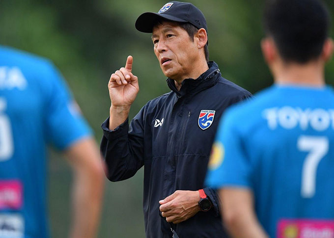 HLV Nishino chưa thể quay lại Thái Lan