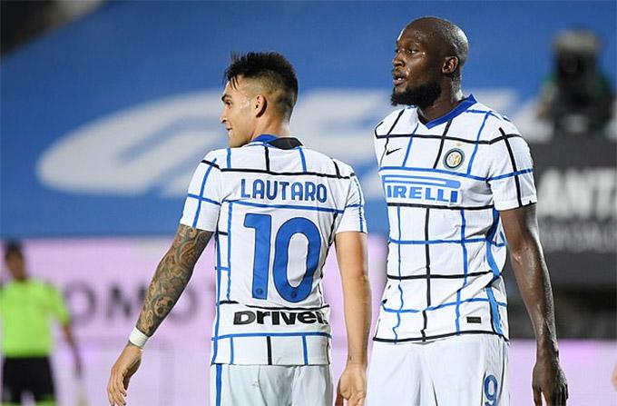 Ở Inter, Lukaku có trợ thủ đắc lực trên hàng tấn công là Martinez