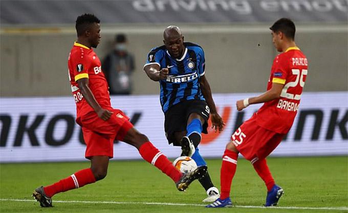 Lukaku ghi bàn tốt hơn mọi cầu thủ M.U mùa này