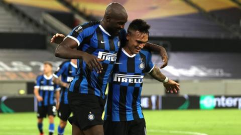 Đại thắng Shakhtar 5-0, người Inter vẫn đề cao Sevilla