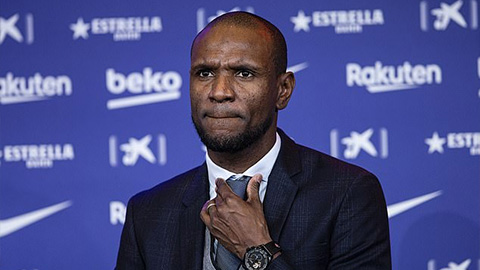 Vừa sa thải Setien, Barca tiếp tục trảm Eric Abidal