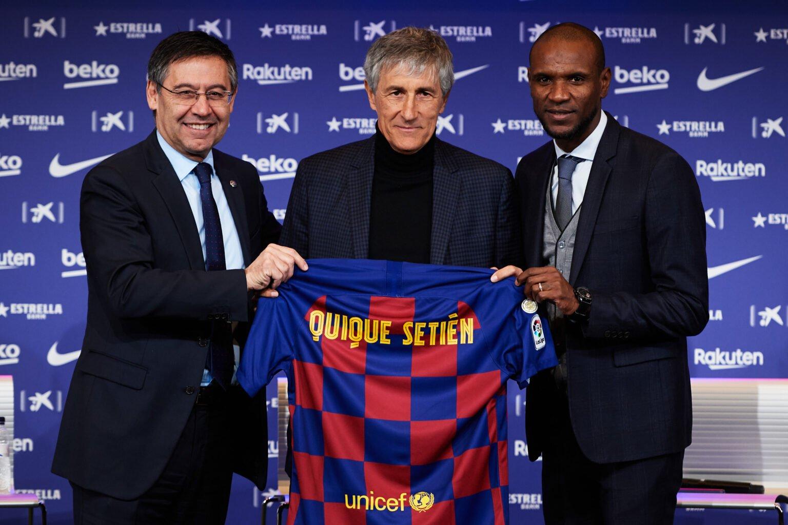 Khi được bổ nhiệm làm HLV Barcelona, Setien không biết mình mặc cái áo quá lớn