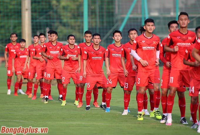 U22 Việt Nam bước vào buổi tập thứ 3 trên sân Trung tâm đào tạo bóng đá trẻ Việt Nam vào chiều nay