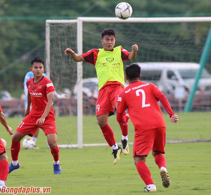 Các cầu thủ cần thể hiện được khả năng hòa nhập, tính cách và năng lực thi đấu. Đó cũng là tiêu chí tuyển chọn nhân sự của ông Park