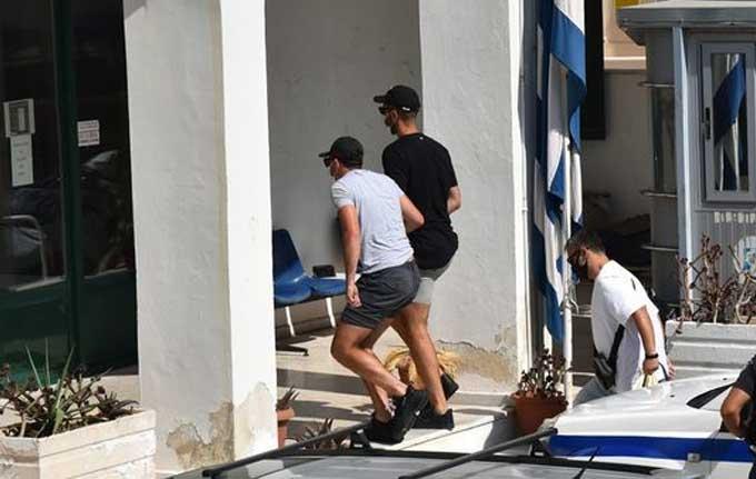 Maguire bị cảnh sát Hy Lạp dẫn đến tòa án xét xử trong chiều nay