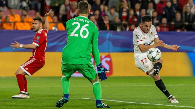 Bernat từng mắc sai lầm khiến Bayern bị Sevilla dẫn trước ở vòng tứ kết Champions League 2017/18