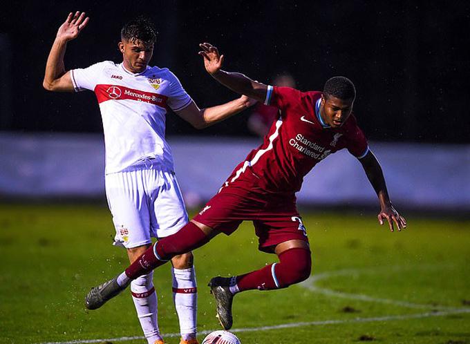 Brewster ấn định chiến thắng cho Liverpool