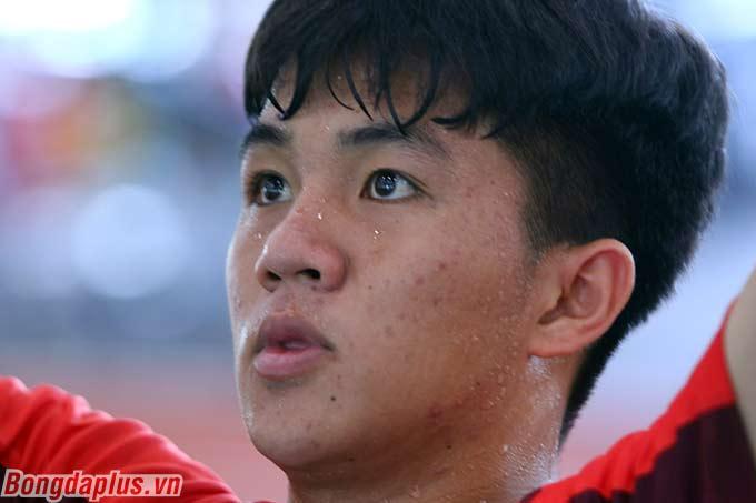 Điều đó ảnh hưởng không nhỏ đến thể lực, cảm giác thi đấu của các cầu thủ U19 Việt Nam