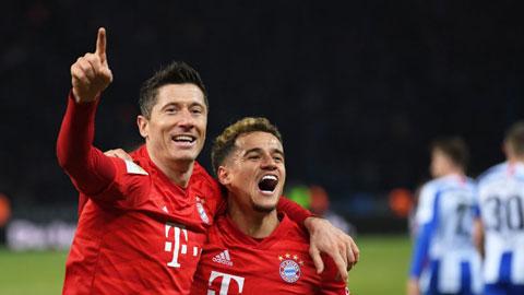 Lewandowski (trái) và Coutinho là hai ví dụ điển hình của thành công trong chính sách chuyển nhượng của Bayern