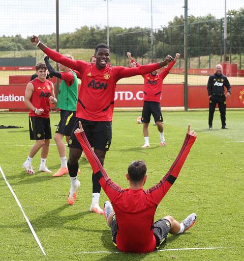 Paul Pogba trong một buổi tập của Man United