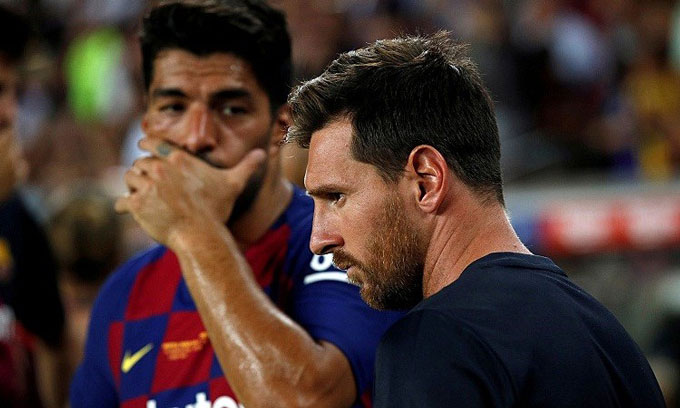 Việc người bạn thân Suarez bị buộc ra đi là một trong những nguyên nhân khiến Messi tức giận