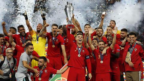ĐT Bồ Đào Nha triệu tập đội hình: Ronaldo và Fernandes có mặt