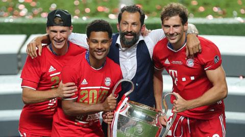 Kimmich (trái) và Gnabry (thứ 2 từ trái qua) ăn mừng chức vô địch Champions League 2019/20