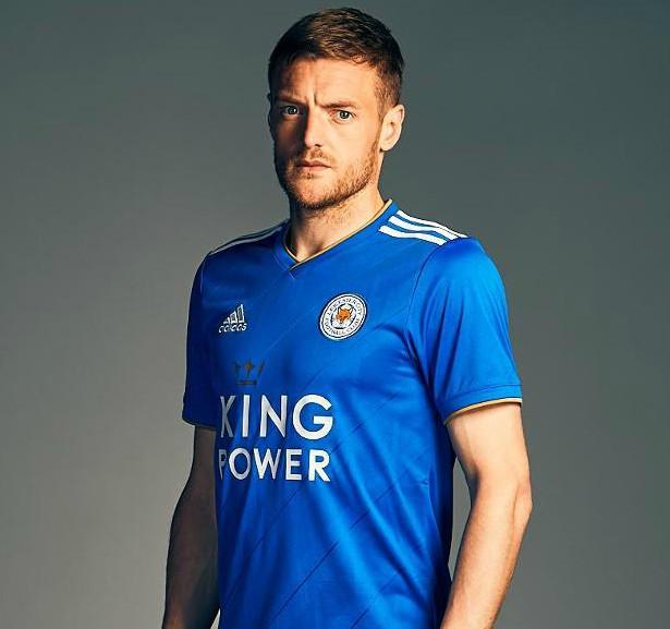 Trang phục sân nhà của Leicester