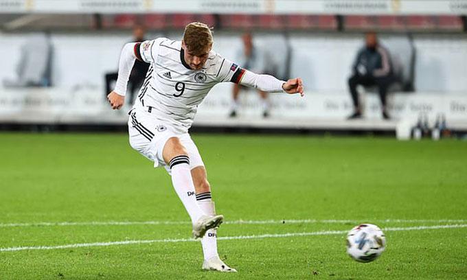 Timo Werner: Ghi bàn cho Đức, mát lòng Chelsea