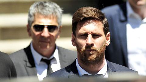 Bố Messi tuyên bố điều khoản 700 triệu euro là vô căn cứ