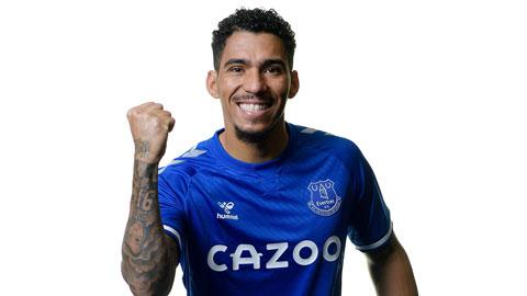 Everton chiêu mộ tiền vệ Allan từ Napoli