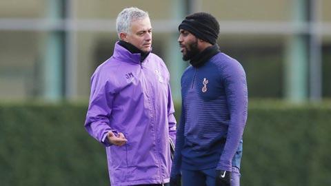 Ngày Danny Rose đối đầu với Mourinho