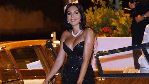 Bạn gái Ronaldo suýt lộ ngực vì diện đầm o ép vòng một