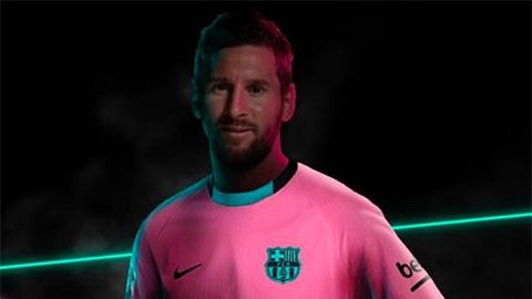 Barca bị nghi 'bóp miệng' Messi khi trình làng mẫu áo đấu siêu nữ tính
