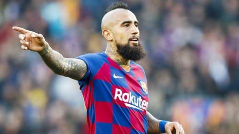 Barca hết rắc rối với Messi, tới lùm xùm với Vidal