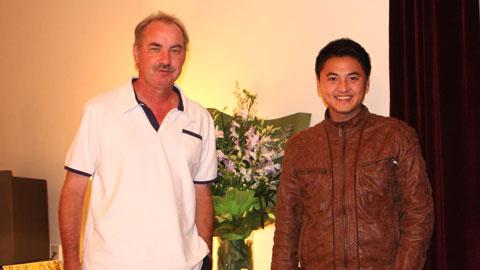 Chuyện chưa kể về ông Riedl và cậu học trò đặc biệt nhất tại Việt Nam