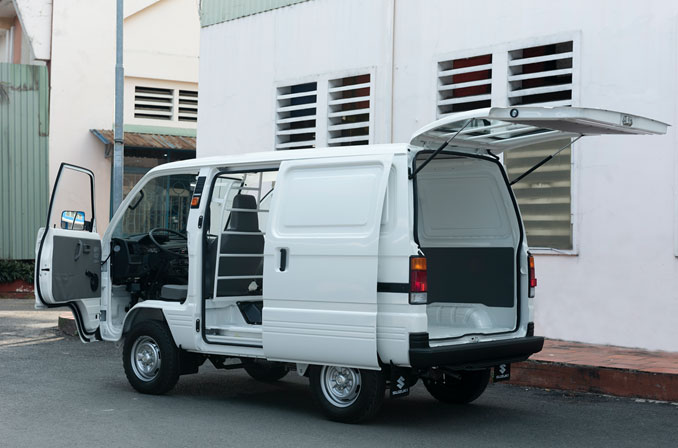 Carry Blind Van với khả năng vận chuyển linh hoạt 24/7 nội thành là một người bạn đồng hành lý tưởng trong kinh doanh