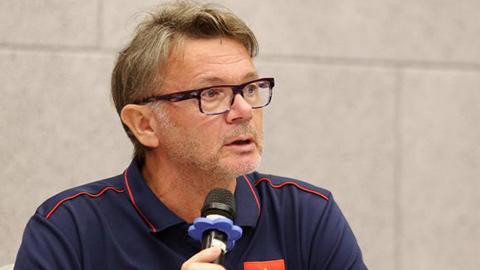 HLV Philippe Troussier được vinh danh ở Nhật Bản