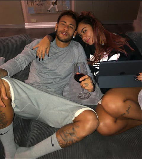 Neymar và em gái rất thân thiết với nhau