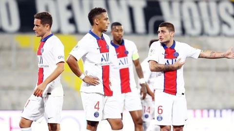 Các cầu thủ PSG thất vọng sau trận thua Lens
