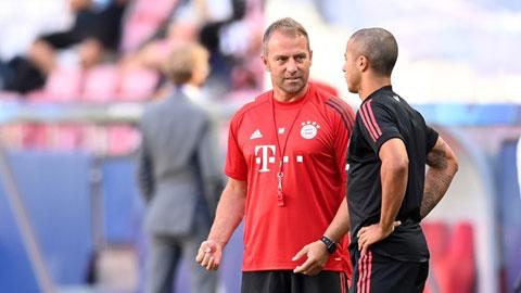 Flick đau đầu vì sự dư thừa  ở hàng thủ Bayern