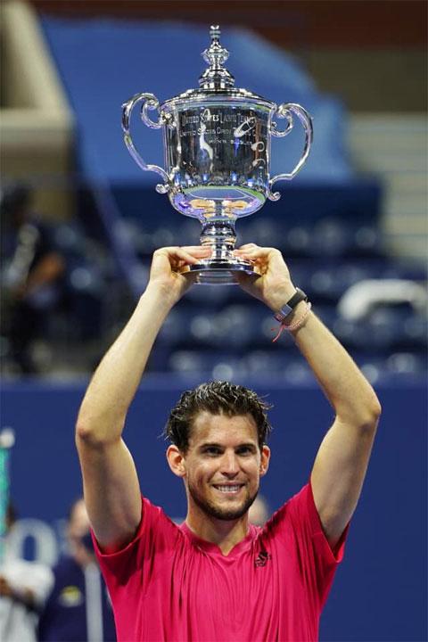 Dominic Thiem lần đầu vô địch giải Grand Slam sân cứng