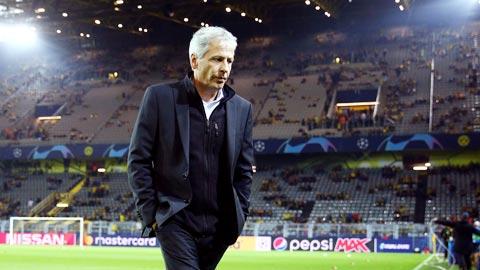 Tương lai HLV Favre ở Dortmund vẫn bấp bênh