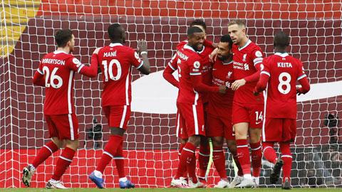 Lạ, và quen, với Liverpool