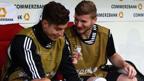Từng sát cánh cùng nhau ở ĐT Đức, Werner (phải) và Havertz được kỳ vọng sẽ tiếp tục chơi ăn ý tại Chelsea