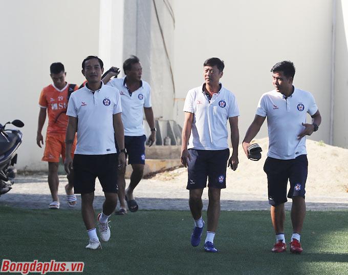 Chiều 14/9, SHB Đà Nẵng bước vào buổi tập kín trên sân Hòa Xuân, chuẩn bị cho thời điểm V.League trở lại sau đây 2 tuần nữa