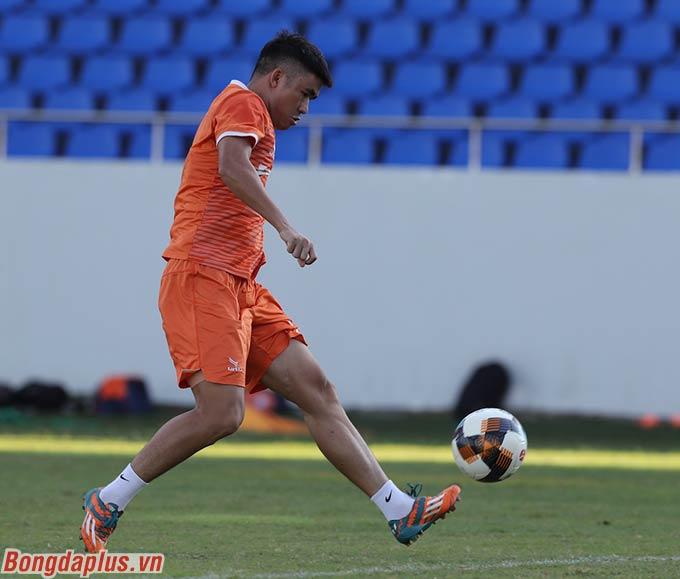 Ngay khi tập luyện bình thường trở lại, ông Bùi Xuân Hòa cho biết, CLB SHB.ĐN đã gửi công văn đến UBND thành phố Đà Nẵng cũng như Sở VH-TT Đà Nẵng xin phép tổ chức các trận đấu của V.League 2020.