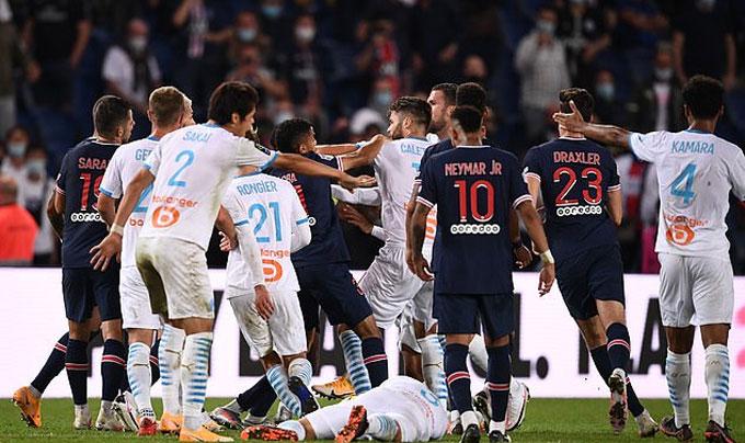 'Tỷ võ' trên sân, Neymar cùng 4 cầu thủ nhận thẻ đỏ trong thất bại của PSG