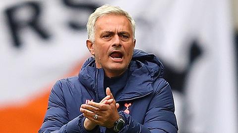 Mourinho nhận thành tích tệ nhất 19 năm sự nghiệp