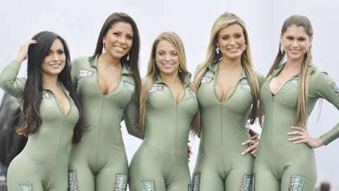 """""""Người mẫu F1"""", nghề hấp dẫn nhưng đã tuyệt chủng"""