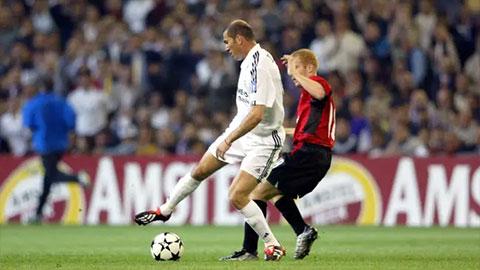 """Hồi còn thi đấu, Zidane muốn """"cùng phe"""" với Scholes"""