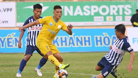 CLB Thành phố Hồ Chí Minh mua 3 cầu thủ xuất sắc nhất của Sanna Khánh Hòa