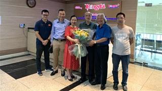 Ban Biên tập Tạp chí Bóng đá gặp mặt, chia tay nguyên Bí thư Đảng ủy - Tổng cục trưởng  Tổng cục TDTT Vương Bích Thắng