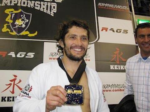 Lizarazu vô địch châu Âu  môn jiu-jitsu