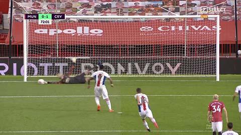 Fan M.U tranh cãi kịch liệt pha cản penalty của De Gea không được công nhận