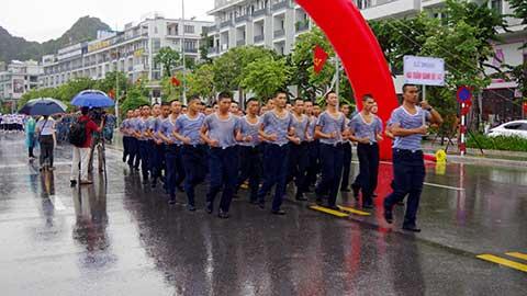 Tuổi trẻ Vùng 1 Hải quân đoạt giải Nhất giải chạy tập thể tỉnh Quảng Ninh