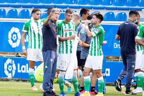 Betis đã có khởi đầu La Liga 2020/21 như mơ với HLV Pellegrini