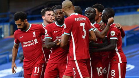 Liverpool đánh bại Chelsea 2-0: Cỗ máy vô địch bắt đầu nóng